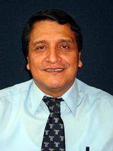 César Omar López.