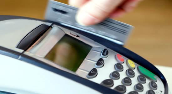 Balance de entidades bancarias: las tarjetas de crédito más costosas