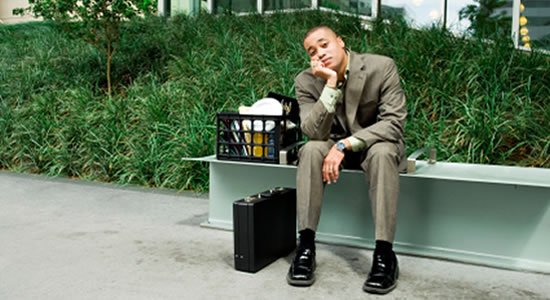 Si renuncia o es despedido el Sábado, se le debe pagar el Domingo