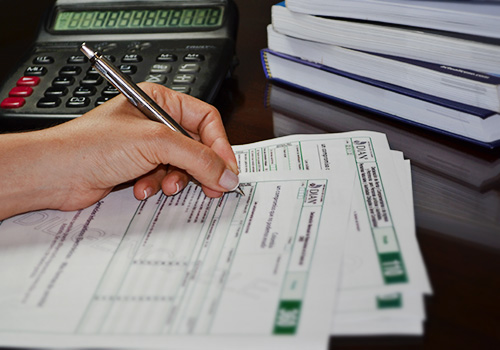 Formularios del IMAS no incluyen renglón para renta por activos omitidos o pasivos inexistentes