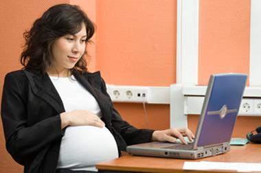 Choque de trenes, estabilidad laboral de mujeres embarazadas contratistas