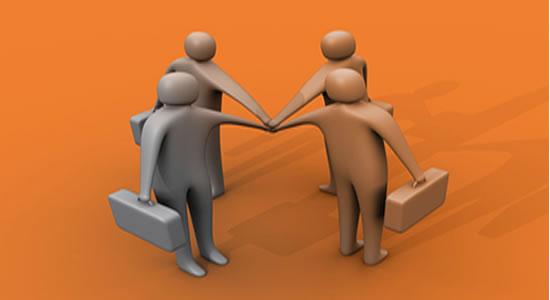 Sociedad limitada no se puede transformar en corporación o asociación