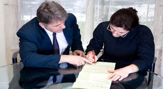 Señor empleador, no confunda contrato con relación laboral