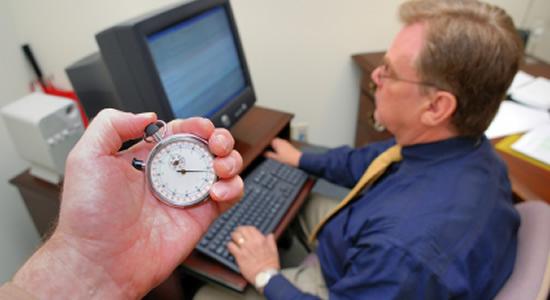 ¿Puede rehusarse el trabajador a laborar horas extras?
