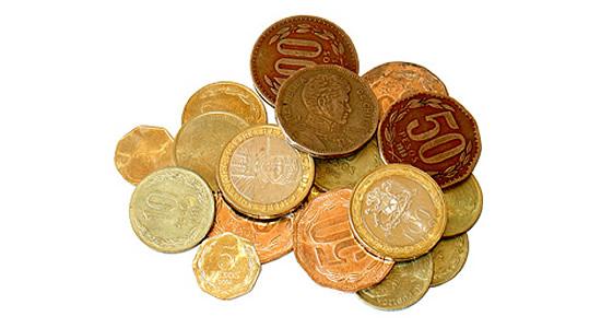A las personas  del régimen simplificado del IVA se les controla la acumulación de contratos y no de simples pagos