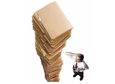 ¿Qué hacer si un independiente no quiere entregar la certificación sobre sus ingresos mensuales?