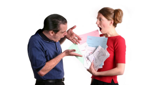 ¿Tiene responsabilidad el Revisor Fiscal frente a los actos administrativos de la empresa que Fiscaliza?