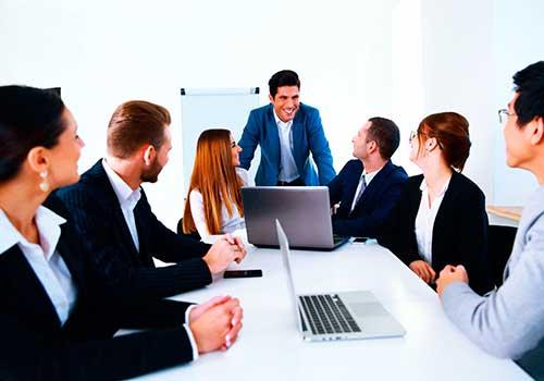 Participación de personas ajenas en las reuniones del máximo órgano social