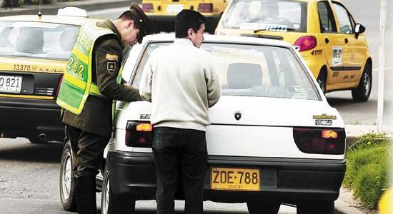Cuide su bolsillo, ahorre en las multas de tránsito