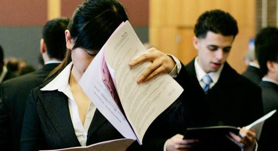 Ya no se necesitarán apoderados abogados para ciertos trámites en la DIAN